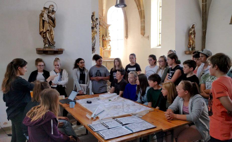 """Lost Traces Schülerprojekt """"Spitalkirche Neunburg vorm Wald"""" Autoren: Stephanie Reiterer und Jan Weber-Ebnet"""