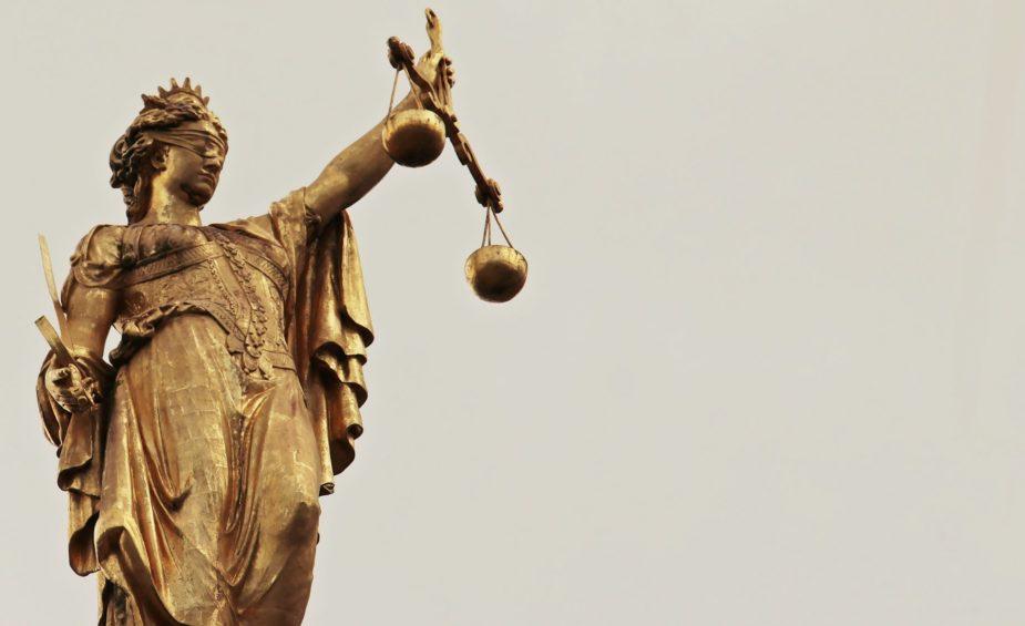 justitia-2597016